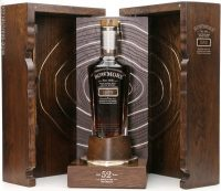 Bowmore 52 Year Old